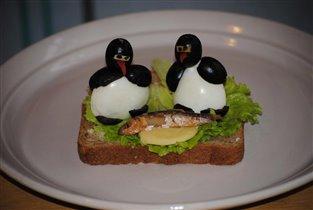 Бутерброд Весёлые пингвинята.