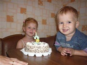 наш праздничный тортик :)