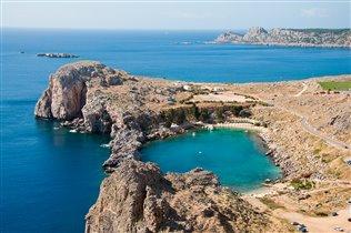 Бухта в форме сердца. Родос, Греция.