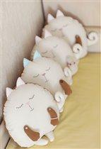 Подушки-игрушки:)