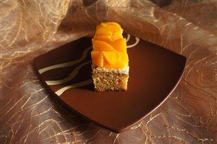 Персиковый торт на День Св.В:)
