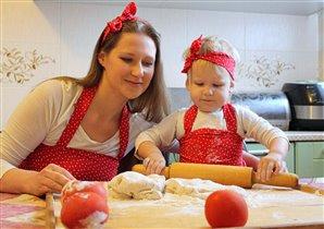 Пироги лепили с мамой, удались они на славу