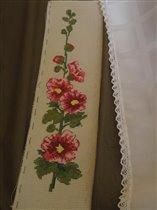 фрагмент вышивки и моя скатерть