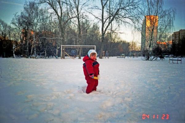Снег да снег кругом. Не боимся мы мороза!