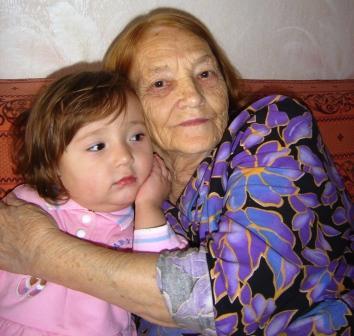 В гостях у бабушки. Внучата