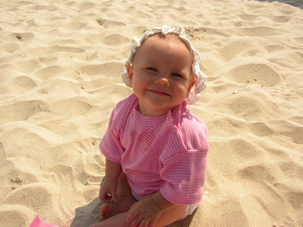 Самая лучшая песочница - пляж!. Я построил на песке...