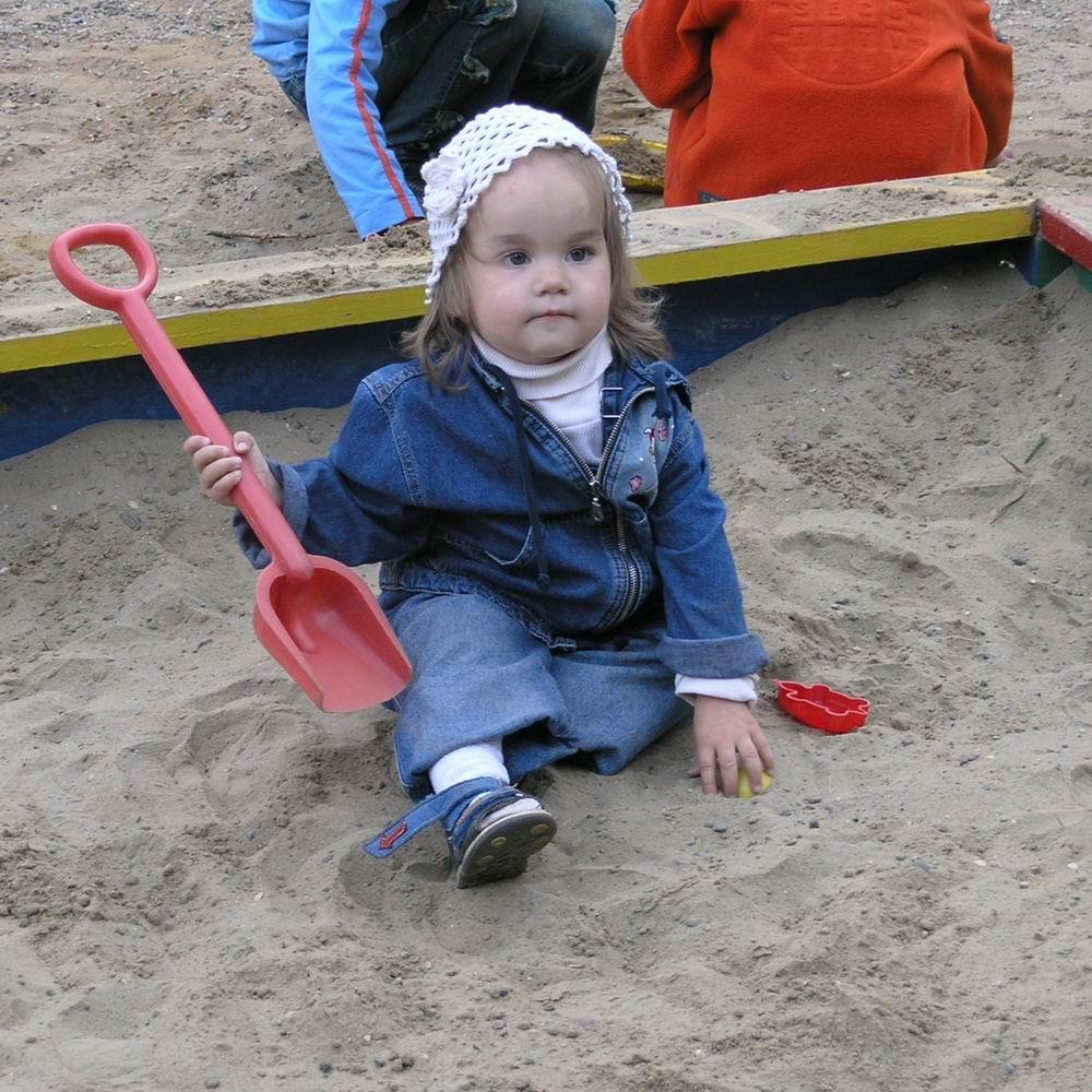 Умаялась.... Я построил на песке...