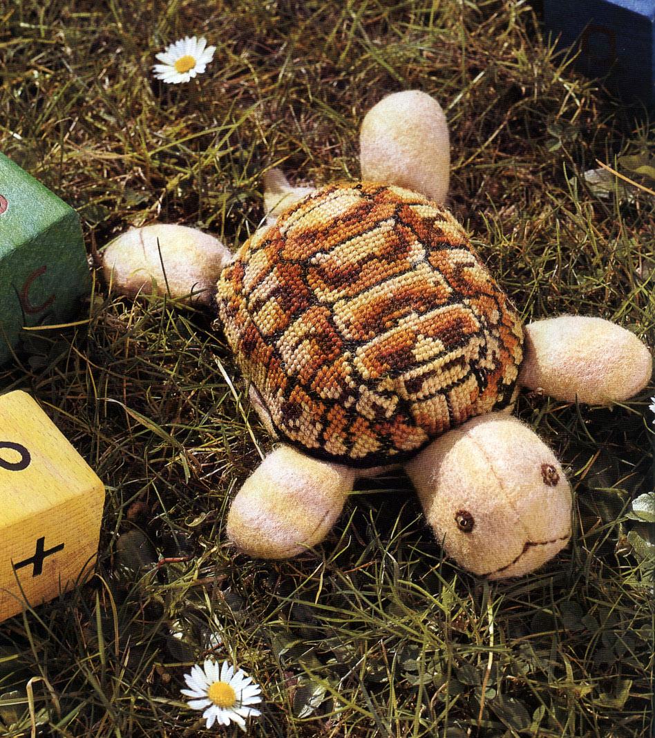 1 вышитая крестиком. Черепахи