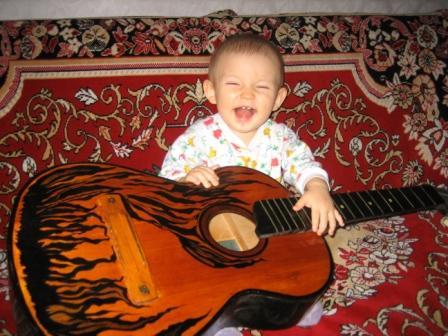 В траве сидел кузнечиииик....... Дети и музыка