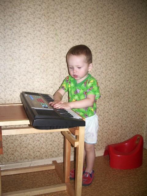 Пианист. Дети и музыка