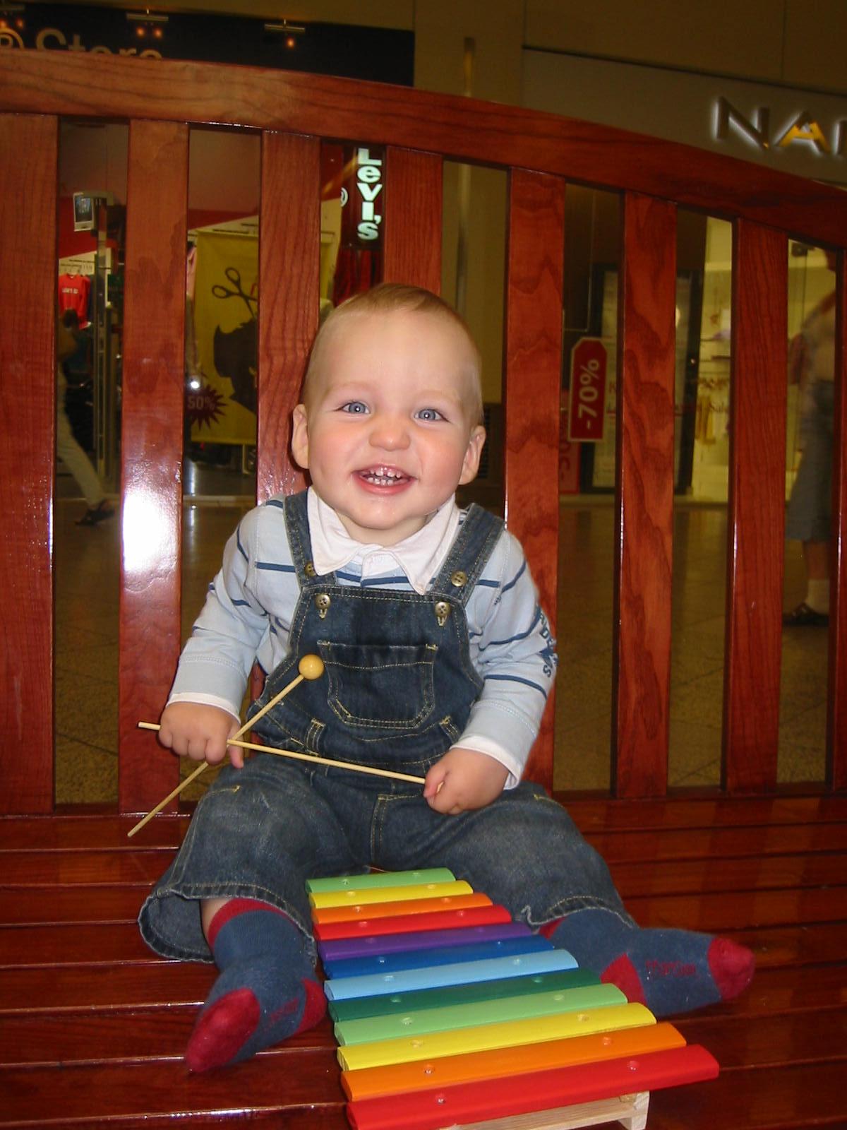 Самый веселый музыкант на планете!. Дети и музыка