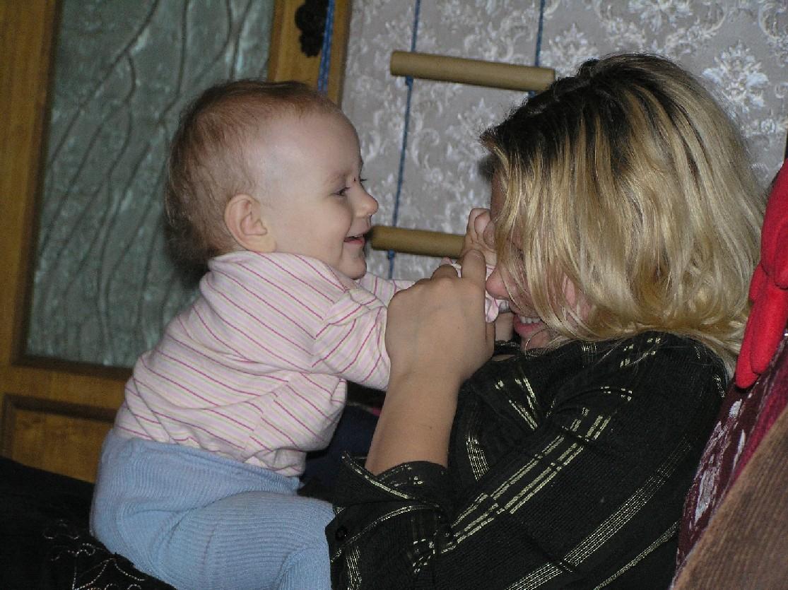 Кактюша любуется своей тётей.. Слова - не единственный способ общения