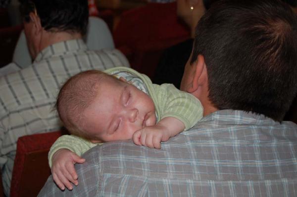 Папа - лучшая подушка.. Слова - не единственный способ общения