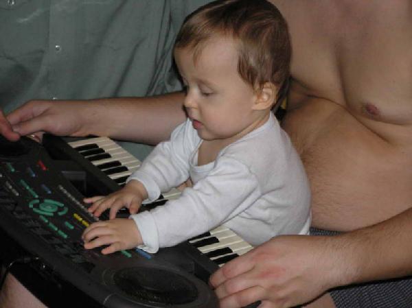 Музыкантами не становятся, музыкантами рождаются!. Дети и музыка