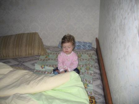 сплюшка-малышка: сколько можно сидя спать - положи меня в кровать. Мой малыш перед сном