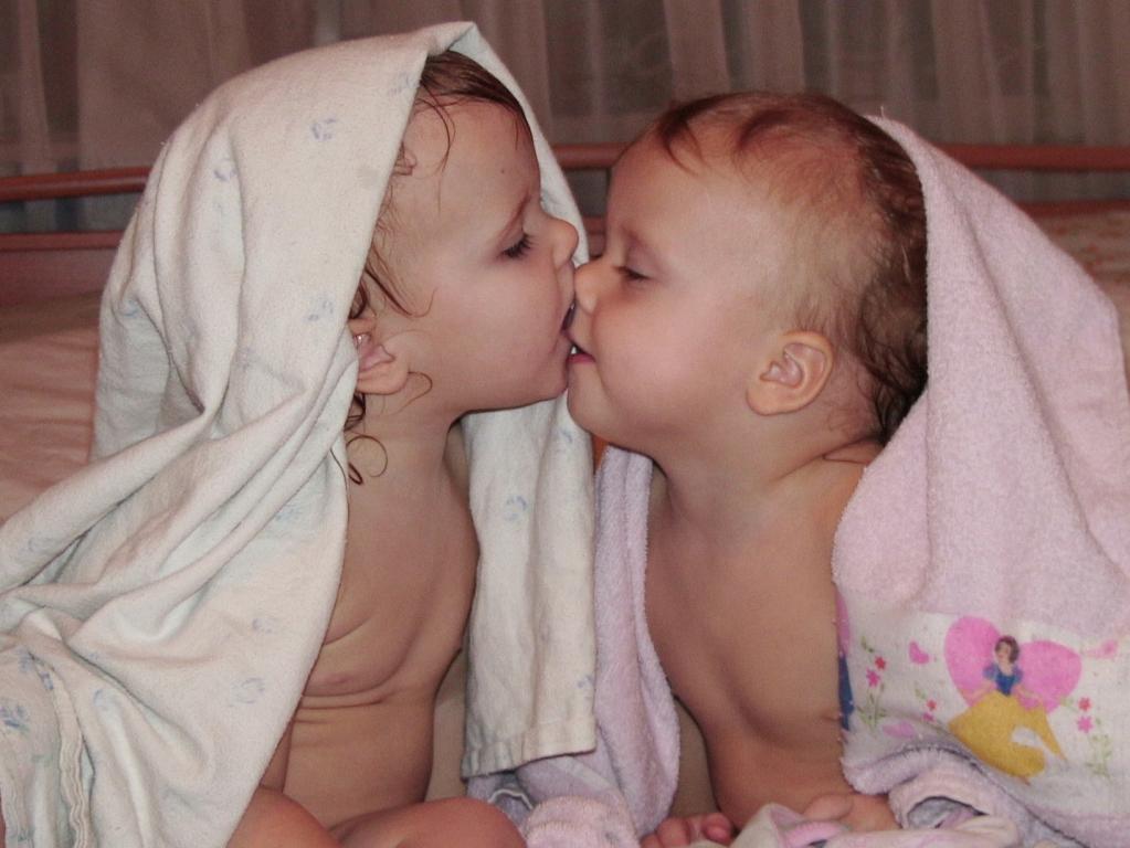 Долгий поцелуй на ночь. Мой малыш перед сном