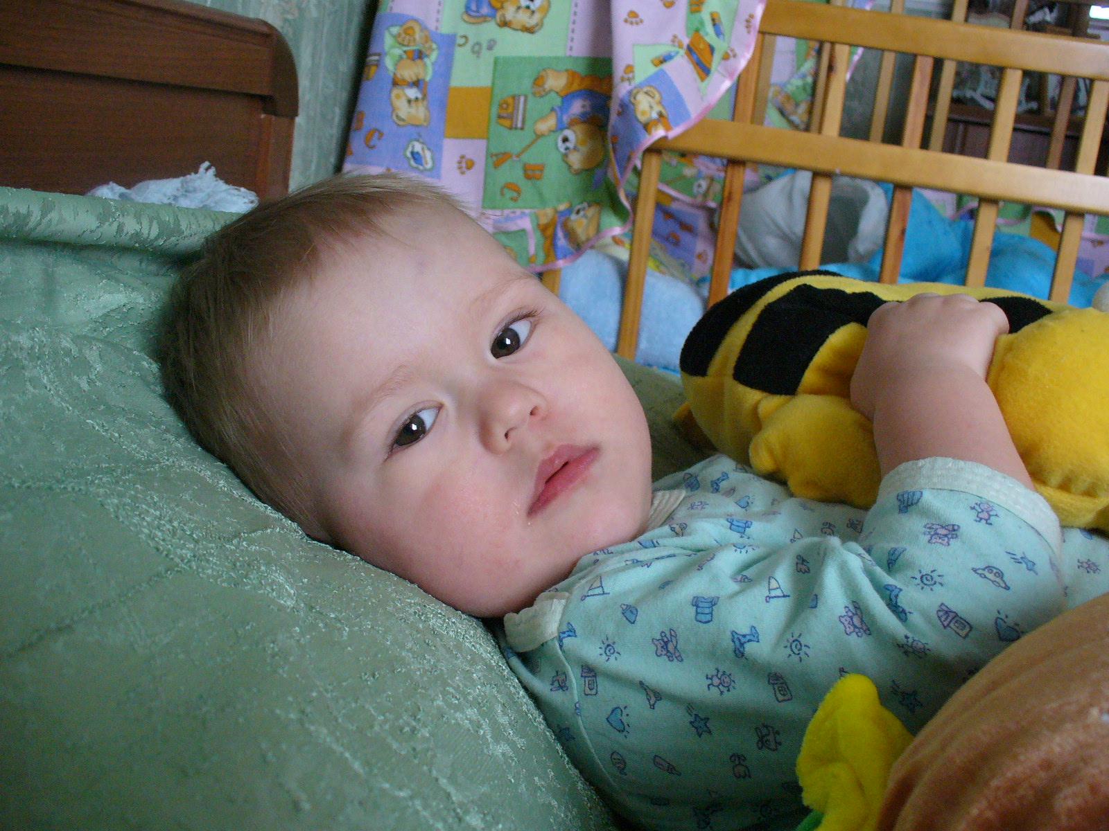 Артемка перед сном. Мой малыш перед сном