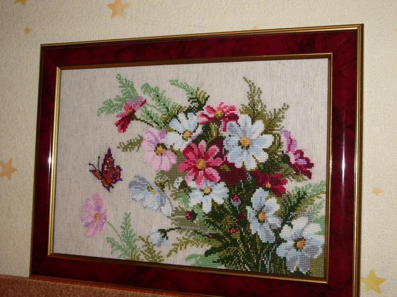 Дизайн 'Сотвори сама'. Вышивальный конкурс 'Я цветочки вышивала...'
