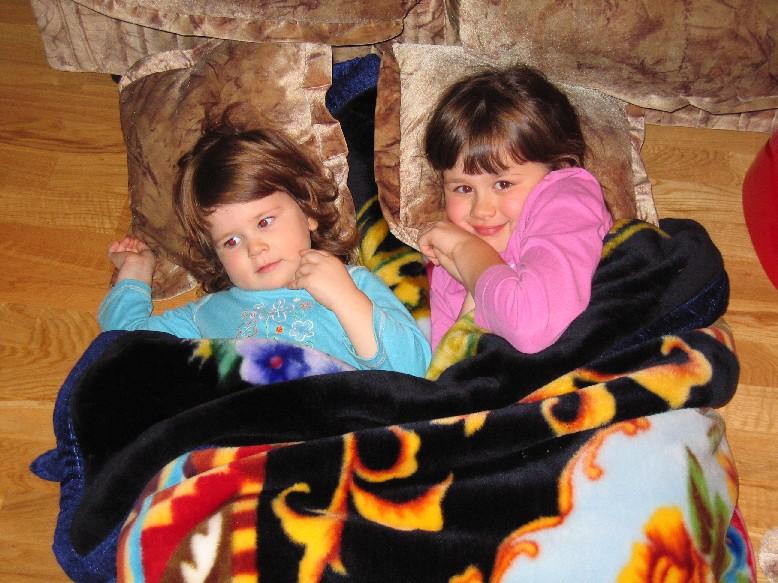 И ангелочки тоже спать хотят.... Мой малыш перед сном