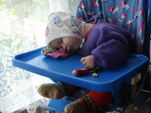 Поспать не дают!!!. Мой малыш перед сном