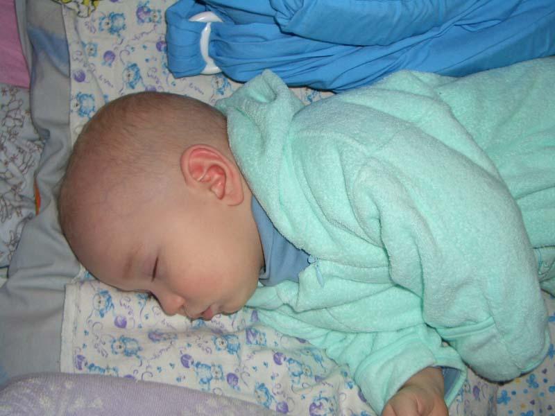 люблю когда он спит. Сладкий сон