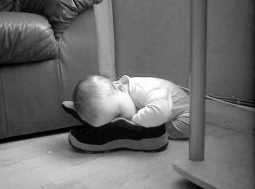Прости папуля,не дополз до кроватки.... Мой малыш перед сном