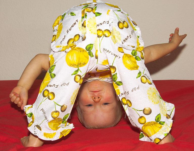 Если мама спать зовет, надо спрятаться скорей!. Мой малыш перед сном