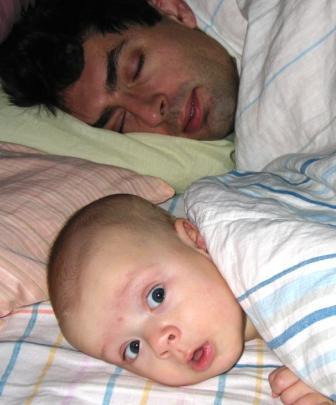 Мама, а ты спать будешь?. Мой малыш перед сном