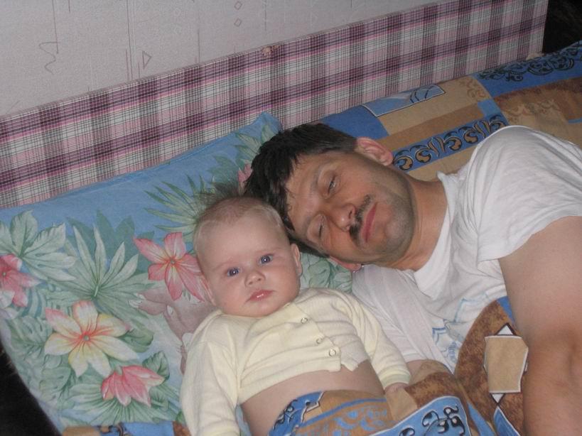 Папа спит и мне пора.. Мой малыш перед сном