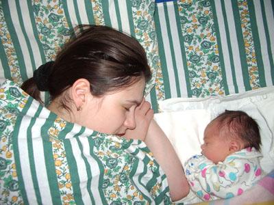 Наши первые часы жизни.... Мамочка, я сплю...