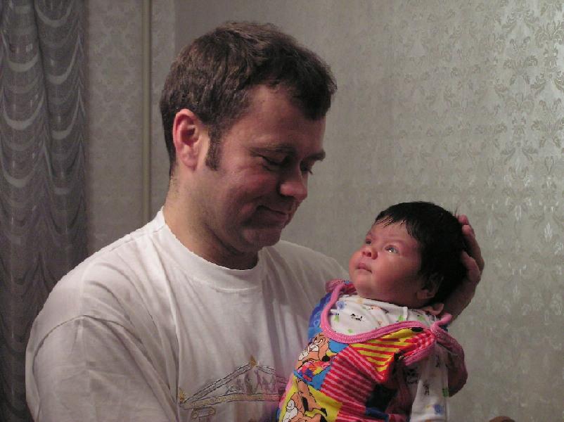 Дочка с любимым папочкой.. Слова - не единственный способ общения