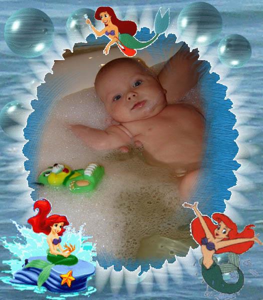 Очень люблю купаться. Веселое купание в нежной пенке