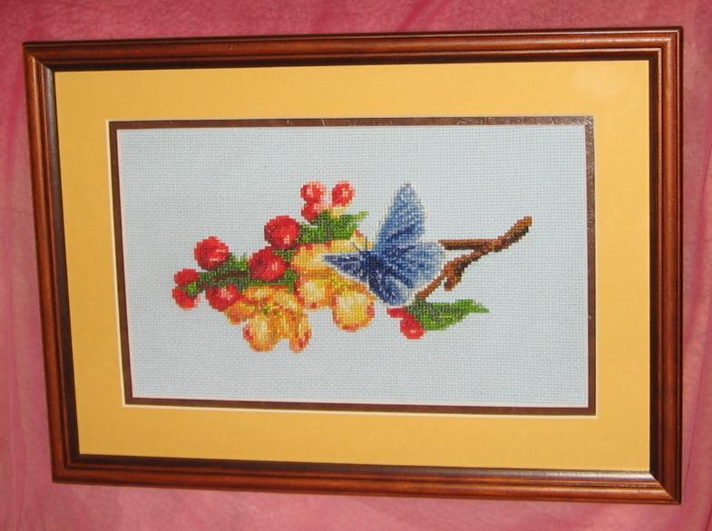 Бабочка. Вышивальный конкурс 'Я цветочки вышивала...'