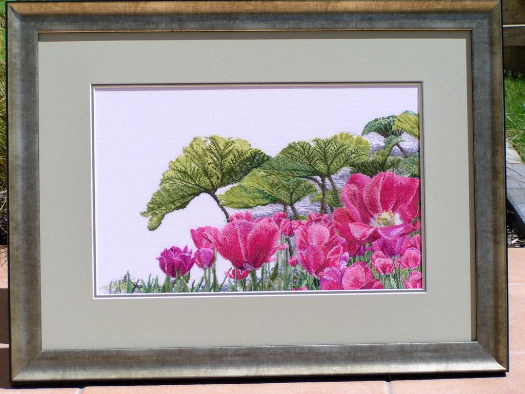 Tulips of Keukenhof Gardens. Конкурс вышитых работ Матушка-Весна