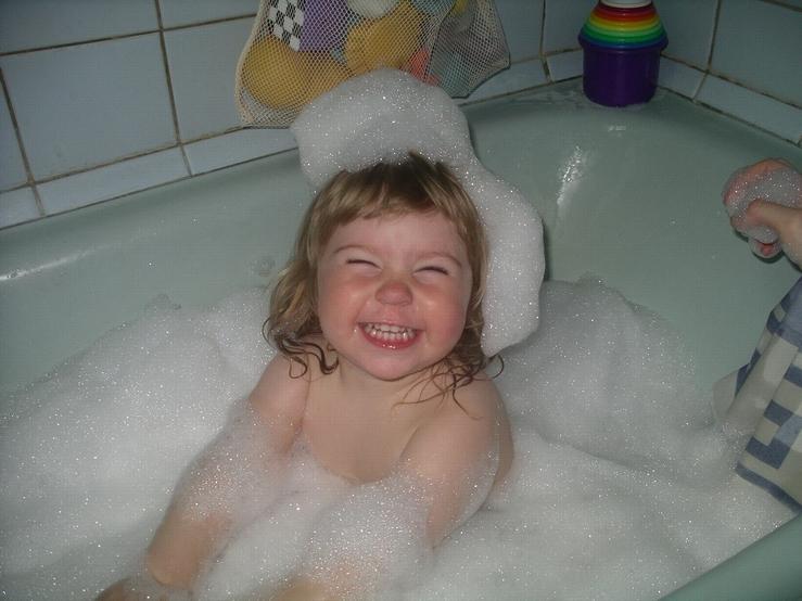 ХОРОШО!!!. Веселое купание в нежной пенке