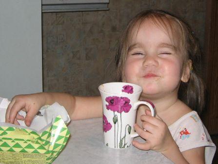 СЧАСТЬЕ - это когда рот набит печеньем!. Крошка с ложкой