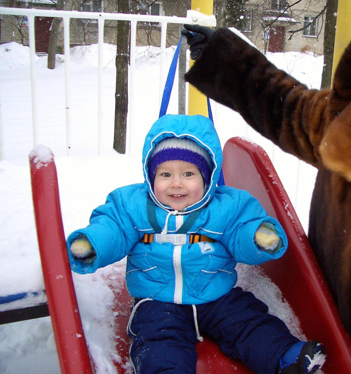 Как люблю я белый снег! Столько радости для всех =). Это сладкое слово - прогулка!..