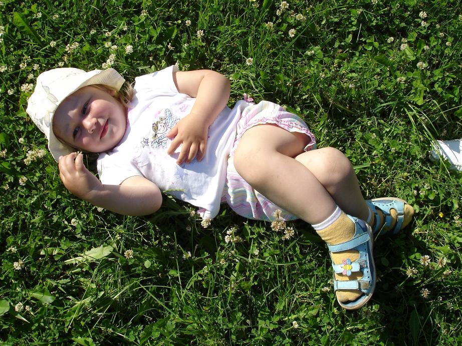Я на травушке лежу.... Лето, ах лето!..