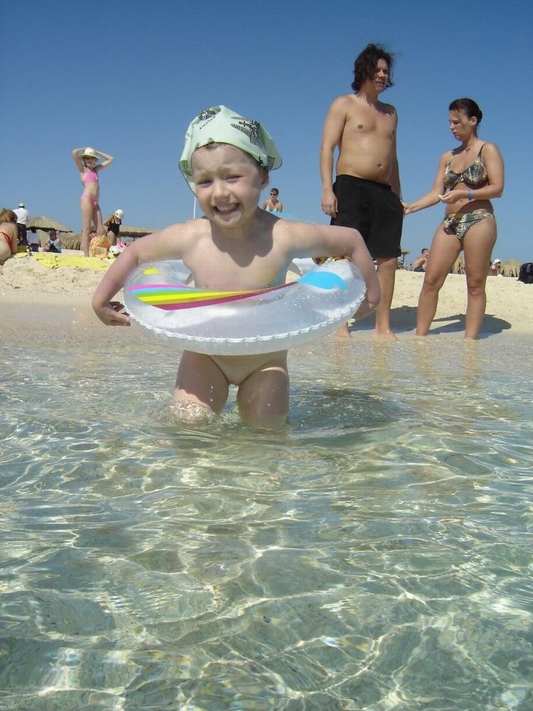 Нам море по-колено.... Лето, ах лето!..