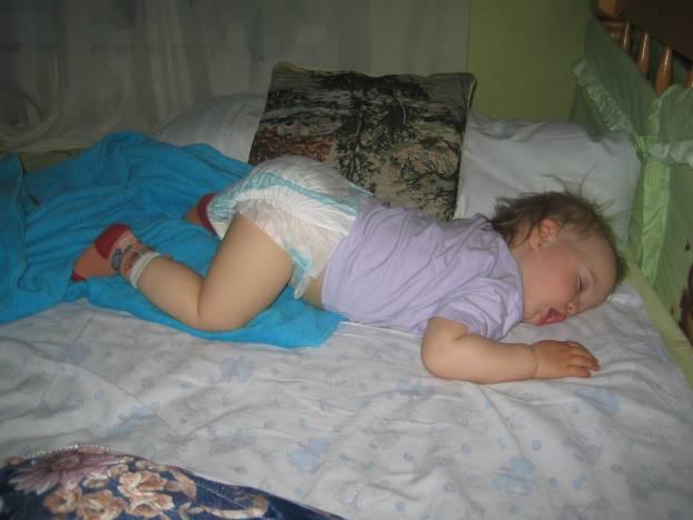 Как сладко спать, когда сухая попка!. Сухие попки