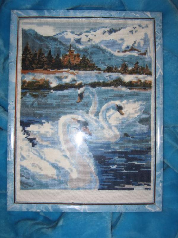 Лебеди. Конкурс вышитых работ 'Пейзажи'