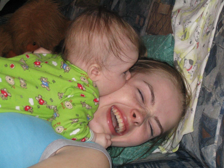 ОЙ, КАК Я МАМОЧКУ ЛЮБЛЮ!!!. Я и моя малышка