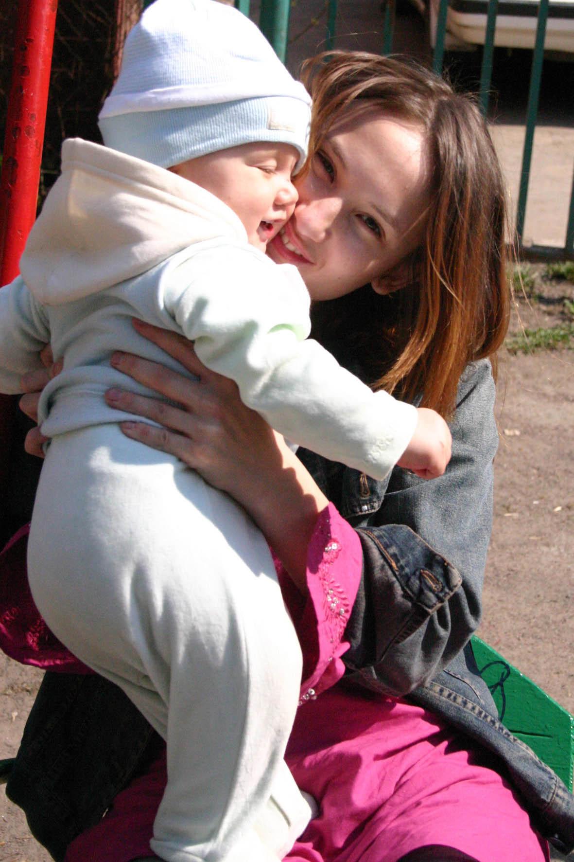 В юном месяце апреле.... Я и моя малышка