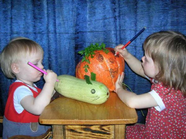 Высокое искусство: роспись по овощам. Малыши-карандаши