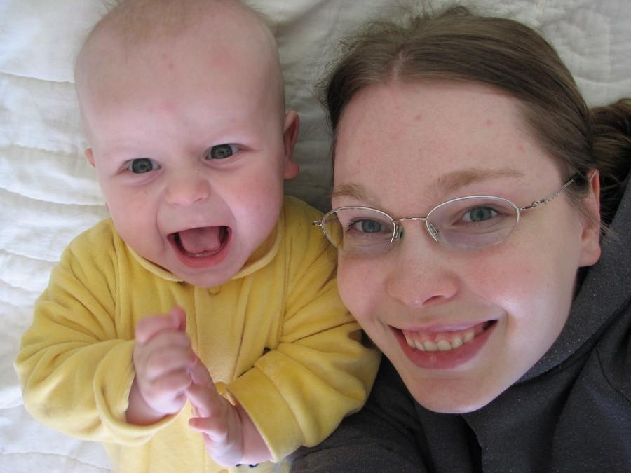 Мама, я и мой первый зуб. Я и моя малышка