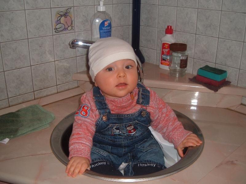 Чур, моя очередь мыть посуду!. Я - Чистюля