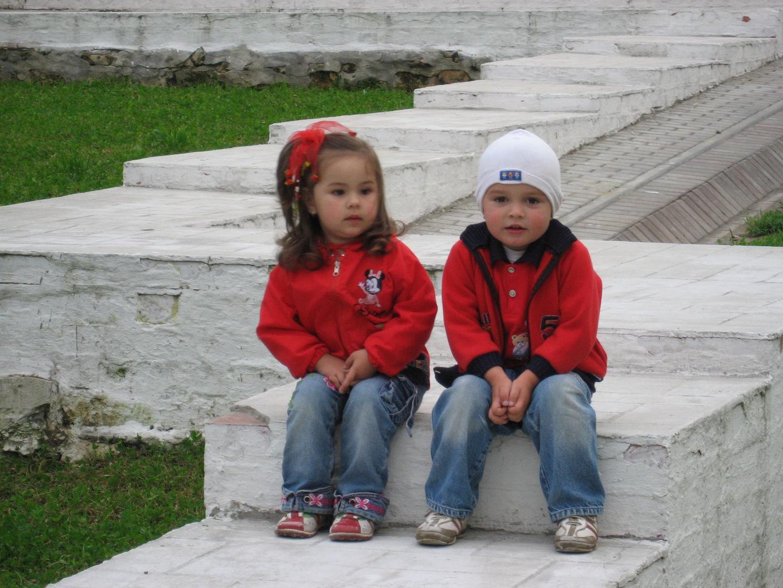 парк 'Коломенское'.. Мы - веселые друзья