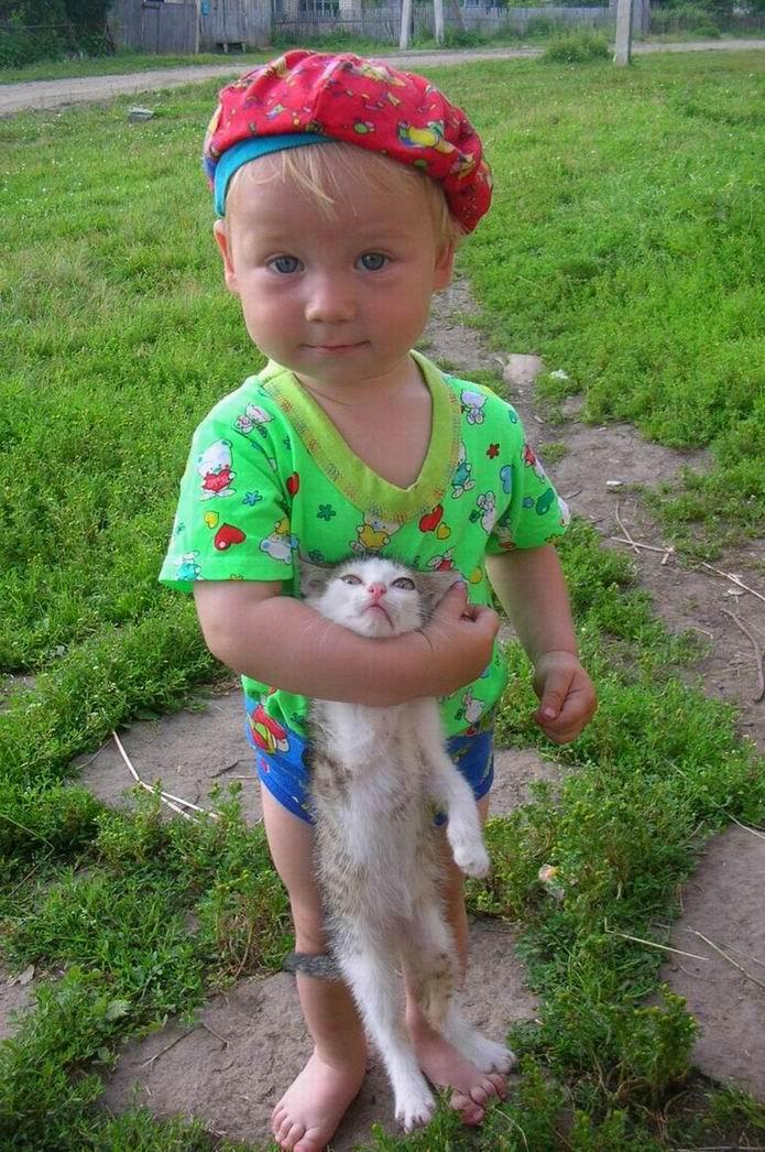 смотри в объектив - нас фоткают!. Закрытое голосование фотоконкурса 'Ребята и котята'