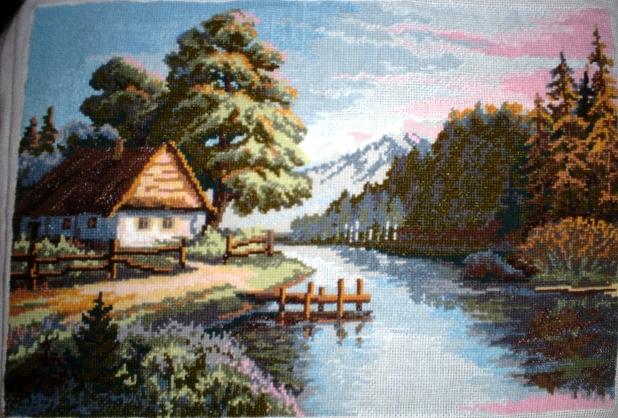 домик у реки. Пейзажи