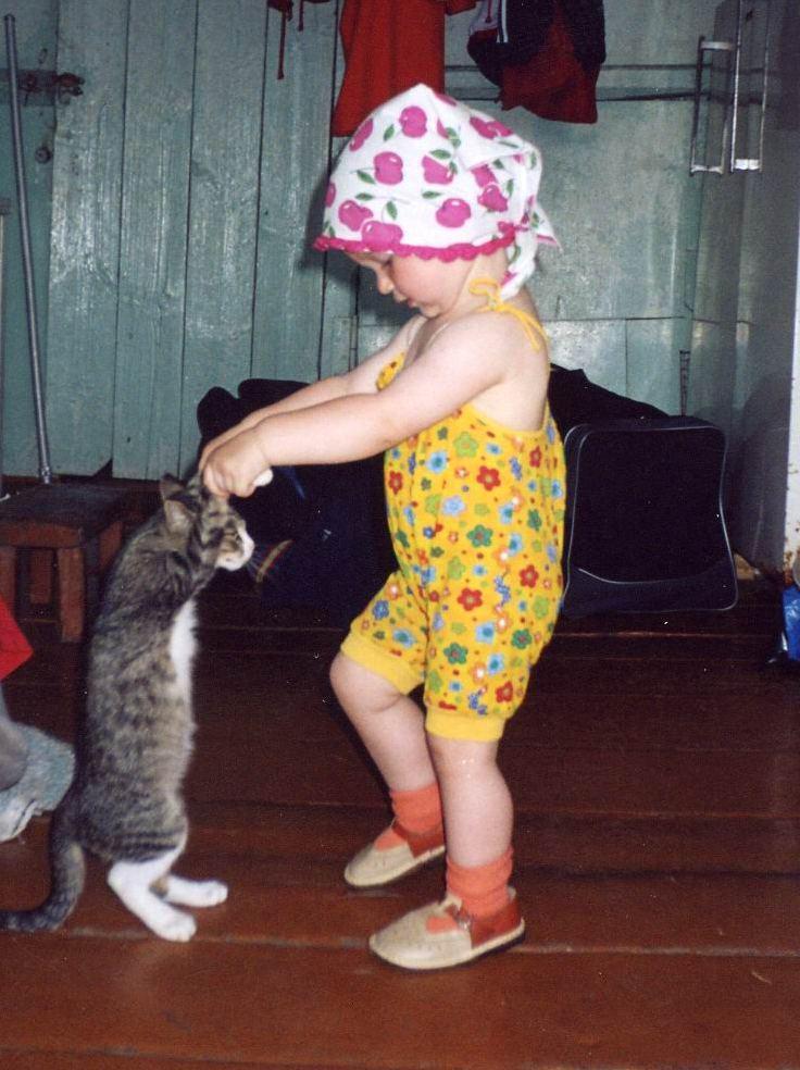 Маруся, раз, два, три.... Ребята и котята
